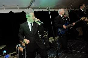 Wedding reception bands like Kidd Blue play a wide repertoire of music fpr your big day!